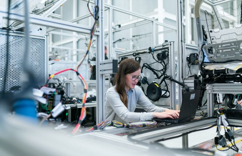 women working with innovative technologies